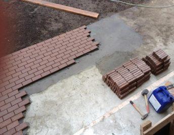 На готовое основание (бетон и т.д.)