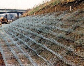 Изготовление и монтаж матрацных конструкций с подстилкой из геотекстиля